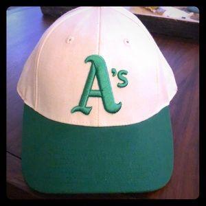 "American Needle Oakland As ""Sunday Hat"" 1972-1975"